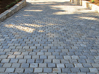 Click for a Large Photo of Lompoc Cobble
