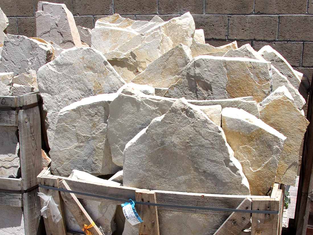 Oatmeal Flagstone Natural Stone Information From Lompoc